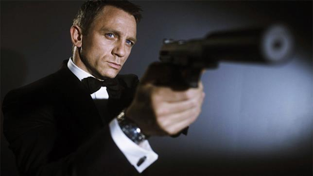 Daniel Craig alias James Bond