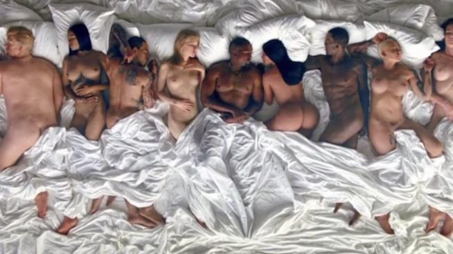 Immagine tratta dal video di Famous di Kanye West