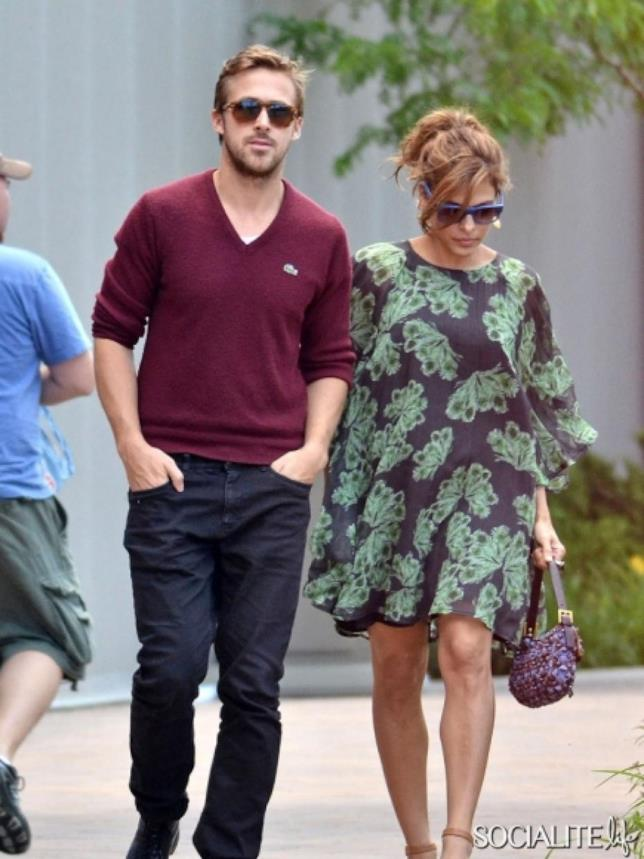 Ryan Gosling a passeggio con Eva Mendes incinta