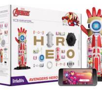 Foto promozionale di Avengers Inventor Kit per diventare Iron Man, con app per smartphone inclusa.