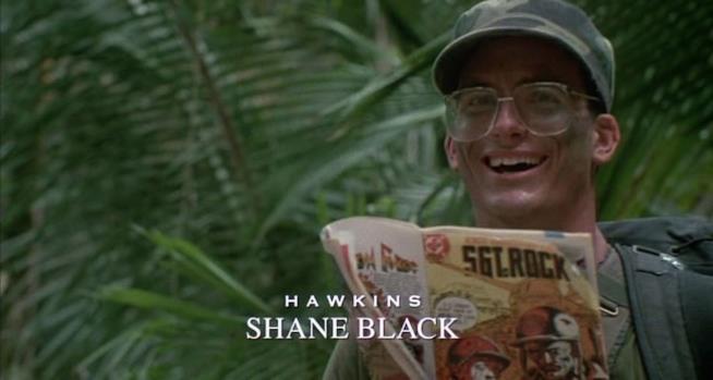 Shane Black in un frame di Predator, film del 1987