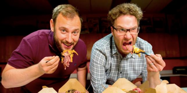 Seth Rogen ed Evan Goldberg mangiano da due cartoni