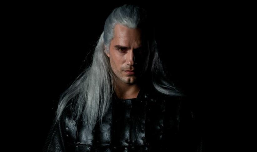 Henry Cavill nei panni di Geralt