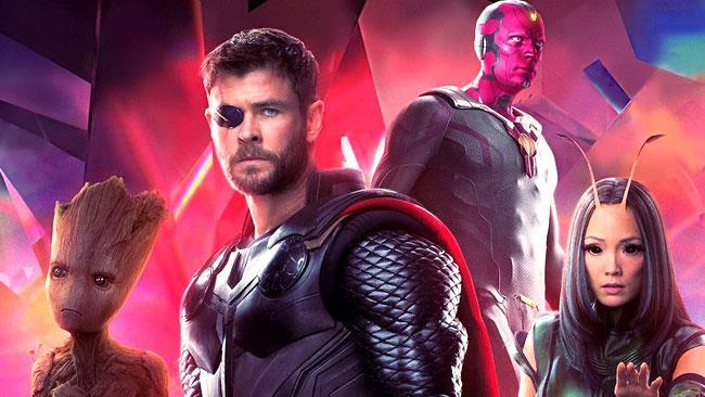 Thor insieme ai Guardiani della Galassia e Visione