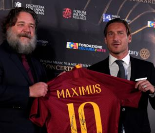 Russell Crowe con Francesco Totti