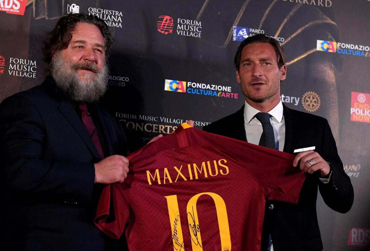 Francesco Totti e Russell Crowe