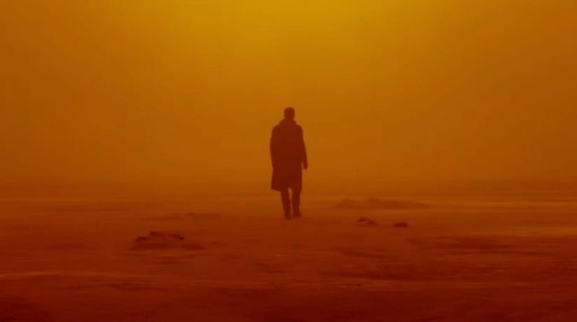 Ryan Gosling in una scena dal film Blade Runner 2049