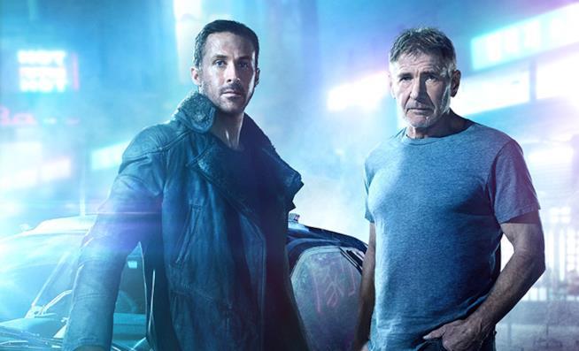 Ryan Gosling e Harrison Ford in uno scatto promozionale da Blade Runner 2049