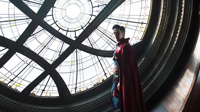 Doctor Strange ha un nuovo poster e delle nuove immagini