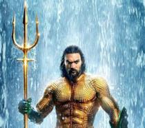 Jason Momoa è Aquaman nel poster del film