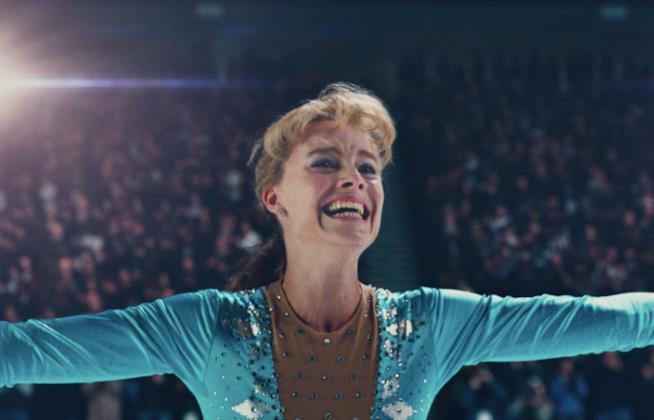Margot Robbie campionessa di pattinaggio nel teaser trailer di I, Tonya
