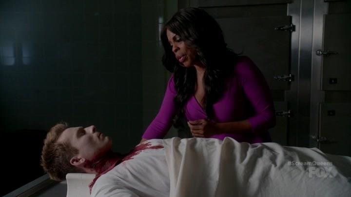 Denise in Scream Queens 2x04