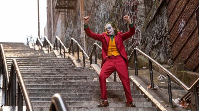 Un'immagine che ritrae Joker in una scena dell'omonimo film