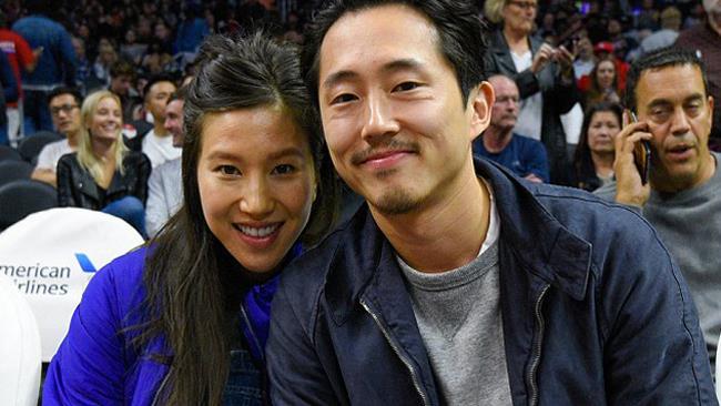 Steven Yeun e la moglie