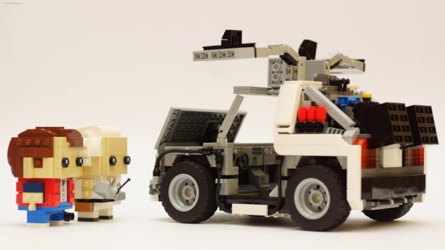 I personaggi di Doc, Marty e la mitica DeLorean in chiave LEGO Brickheadz