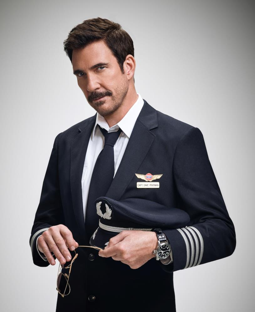 Dylan McDermott nella serie LA to Vegas