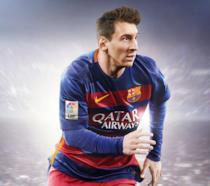 Leo Messi posa sulla cover di FIFA 16