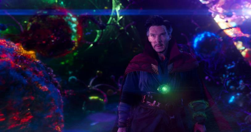 Benedict Cumberbatch nei panni di Doctor Strange nell'omonimo film