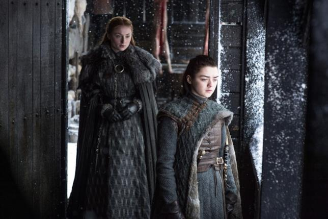 Sophie Turner e Maisie Williams in Game of Thrones