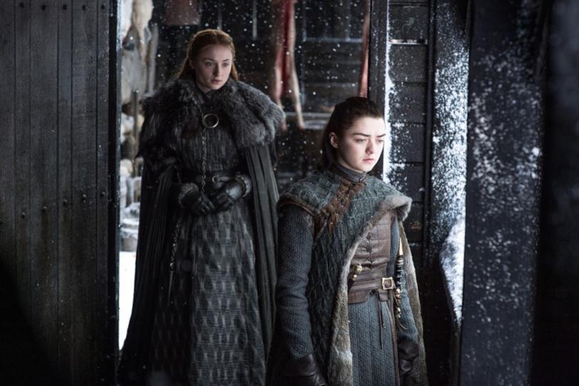 Sophie Turner e Maisie Williams in Game of Thrones