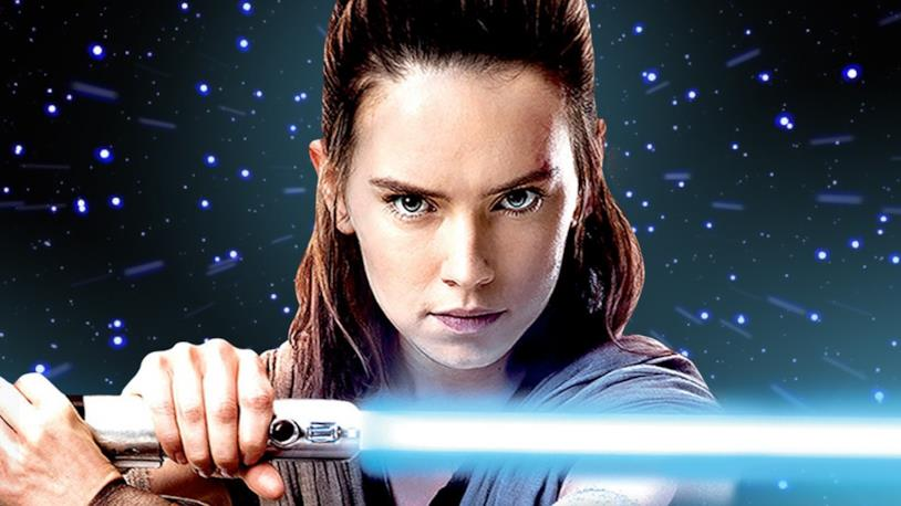 Rey protagonista di una still da Star Wars: Gli Ultimi Jedi