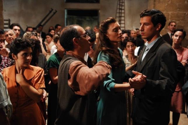 Tornatore dirige gli attori in Baaria