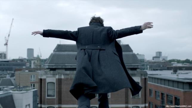 Sherlock si getta dal tetto