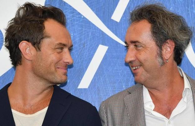 Paolo Sorrentino e Jude Law si guardano negli occhi a Venezia 73