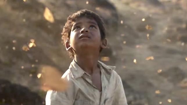Scena dal film Lion - La strada verso casa