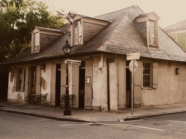 Lafitte's Blacksmith Shop – 941 Bourbon St