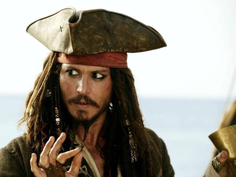 Jack Sparrow in una scena de La maledizione della prima luna