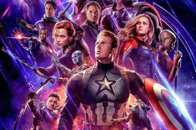 I Vendicatori e Thanos nel primo poster ufficiale di Avengers: Endgame