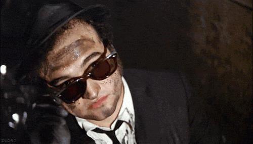 John Belushi nel film The Blues Brothers