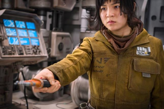 Kelly Marie Tran è Rose Tico