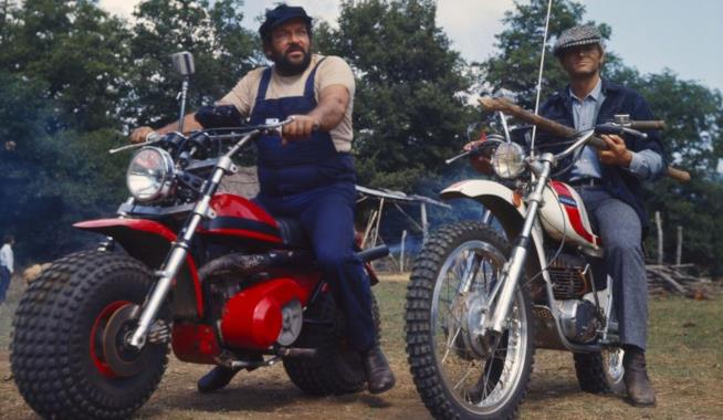 Bud Spencer e Terence Hill in una scena del film