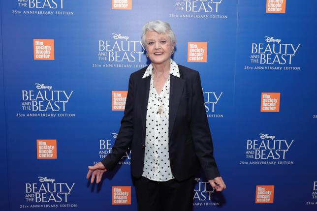 Angela Lansbury sul red carpet del 25° anniversario de La Bella e la Bestia