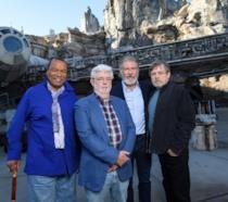 Un primo piano di Lucas, Ford, Hamill e Williams nello Star Wars: Galaxy's Edge