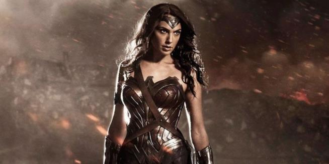 L'attrice Gal Gadot nelle prime scene del film Wonder Woman