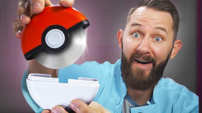 Lo YouTuber Matthias mostra i 10 oggetti per la cucina più assurdi di sempre