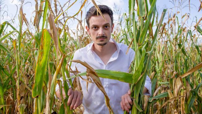 Il Vegetale, trailer e poster per il film con Fabio Rovazzi