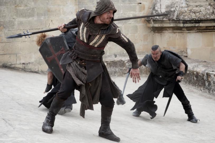 Michael Fassbender nel ruolo di Aguilar nel film di Assassin's Creed