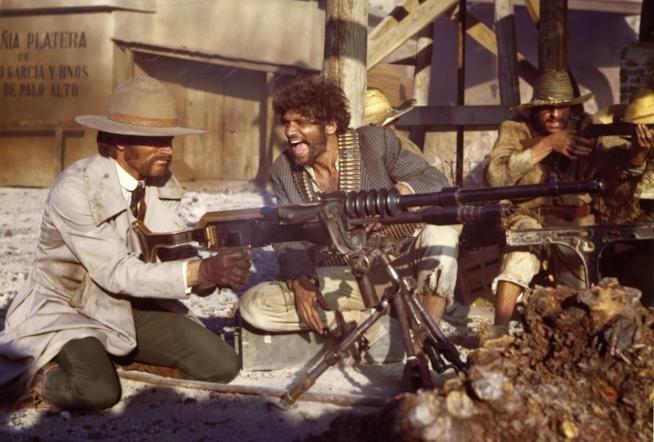 Franco Nero e Tony Musante in una scena del film