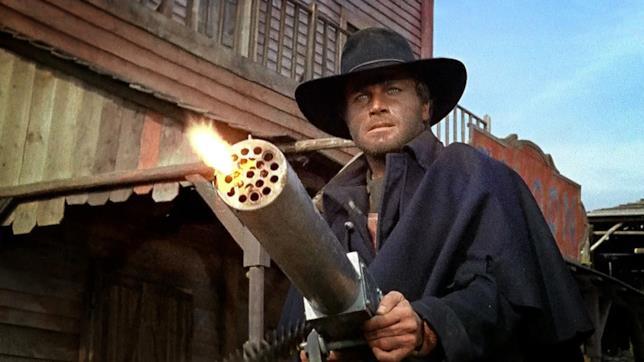 Franco Nero è il pistolero Django