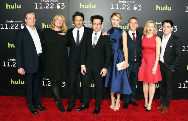 J.J. Abrams e il cast di 22.11.63