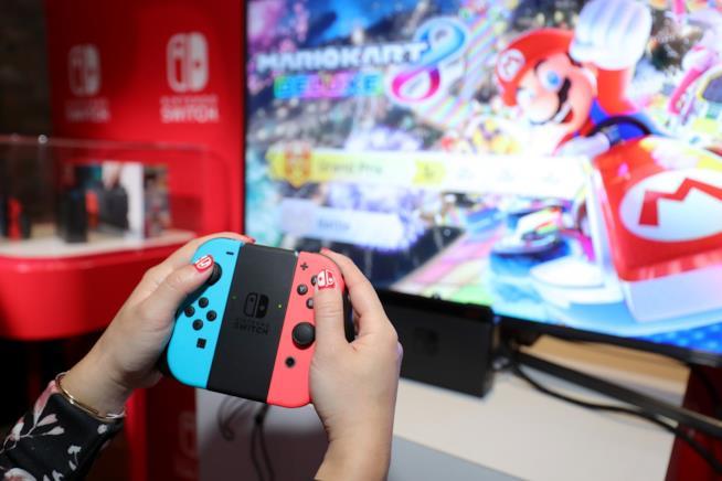 Nintendo Switch in funzione in modalità TV