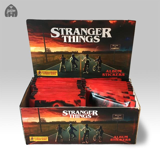 Stranger Things: l'espositore in stile Panini realizzato da Golem13
