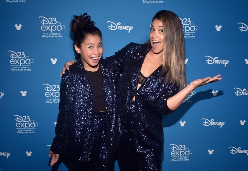 Tess Romero (sinistra) e Gina Rodriguez (destra) al D23 Expo 2019