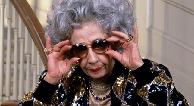 Ann Morgan Guilbert nei panni di zia Yetta