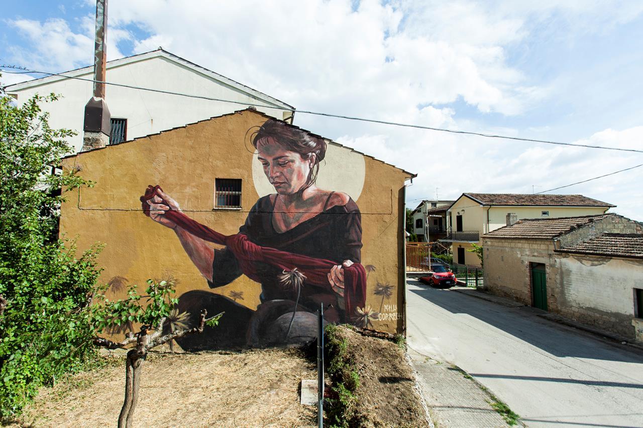 Opera di street art realizzata da Milu Correch