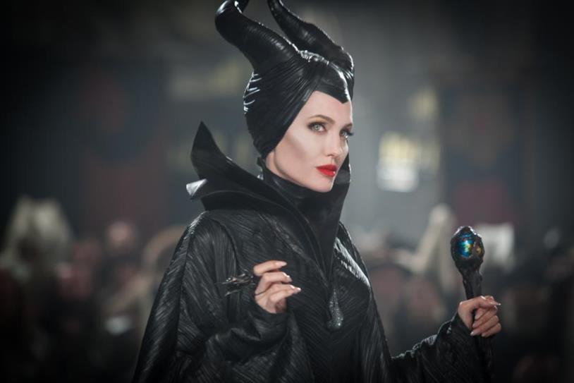 Angelina Jolie torna a vestire i panni di Malefica